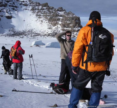 Grouping mountaineering on Kilimanjaro